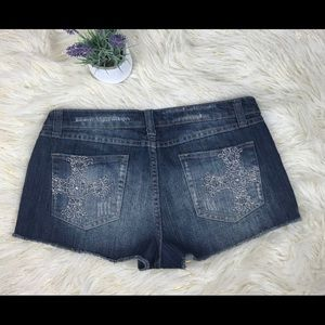 Love Notes Embellished Distress Jean Shorts 11/12